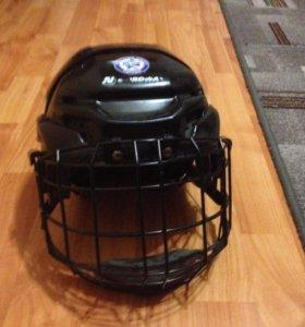 Хоккейный шлем новый