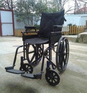 Инвалидная коляска , памперсы для взрослых