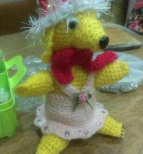 Игрушка желтая собака