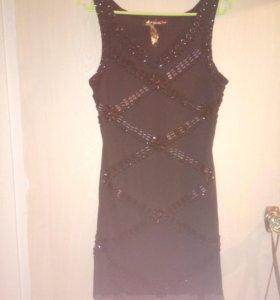 Платье жен черное