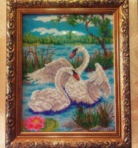 """Картина (вышивка) бисером """"Лебеди"""""""