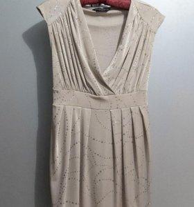 Бежевое платье Dorothy Perkins с блестками