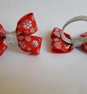 Бантики новогодние на резиночках. Цена за пару.