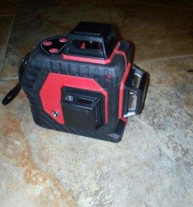 Лазерный нивелир 3D 12 линий.
