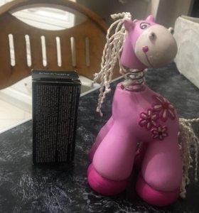 Маленькое розовое пони
