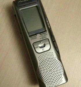 Диктофон Panasonic RR-US360