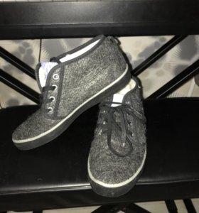 Зимние кеды adidas