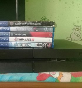 Sony4 в отличном состоянии + 5 игр в подарок