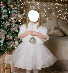 Белое платье и шубка