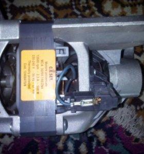 Электродвигатель на стиральную машинку.