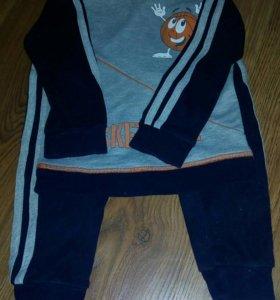 Спортивный костюм р.98