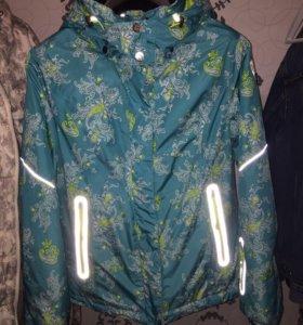 Зимняя спортивная куртка 44р