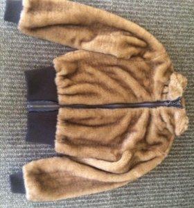 Классная куртка 🍒S