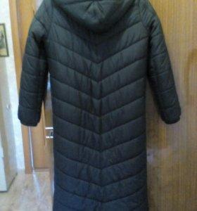 Продаю пальто пуховик