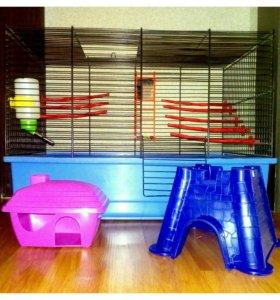 Клетка для грызунов с домиками, поилкой, игрушками
