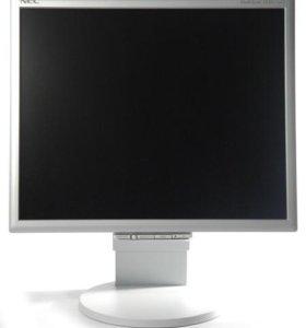 Компьютер с монитором, мышью и клавиатурой
