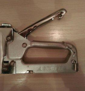 Скобозабивной инструмент