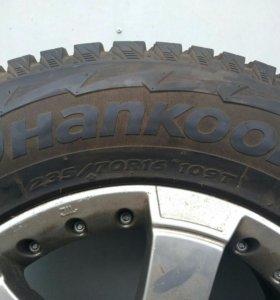Комплект зимних колес Henkook на дисках