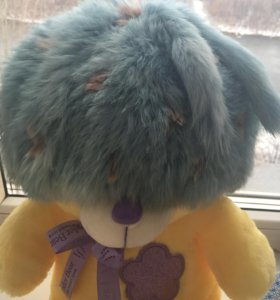 Оригинальная зимняя шапочка из вязанного кролика