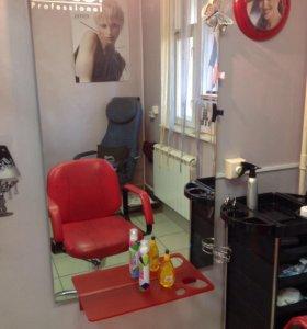 Аренда парикмахерское кресло