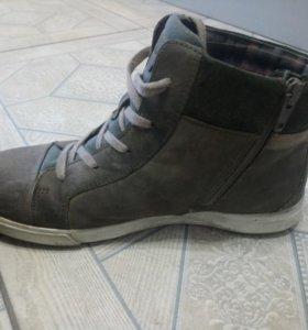 Ботинки для подростка ЭККО демисезон