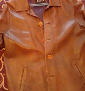 Пиджак кожаный б/у