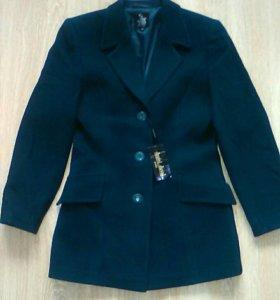 Пальто новое драповое