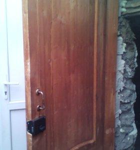 Дверь деревяная