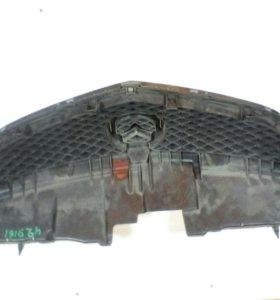 Решетка радиатора для мазда MPV2