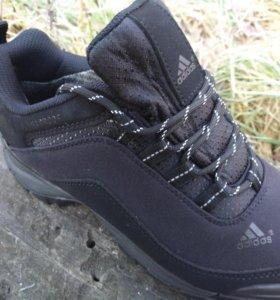 Новые зимние мужские кроссовки Адидас Running