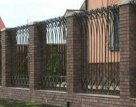 Забор. Худ. ковка.