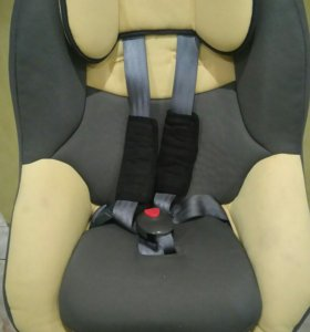 Авто кресло от 6 месяцев до 3 лех