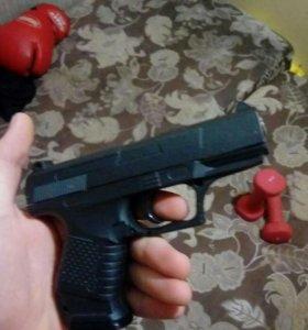 Игрушечный пистолет ( металл)
