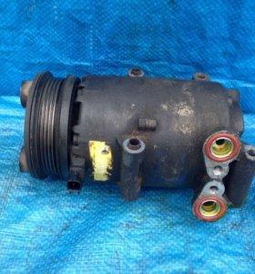 Ford Focus 2 компрессор кондиционера 1.6