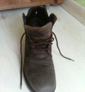 Ботинки за 300р.