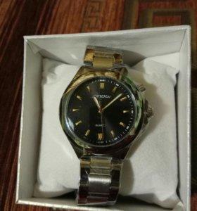 Кварцевые часы Sinobi новые