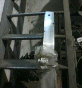 Опель астра H (2004...) усилитель переднего бампер