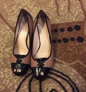 Туфли женские 43-го размера