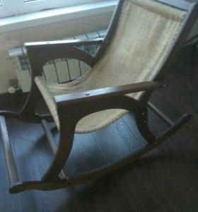 коляска(3000),кресло(2000) есть две(детские)
