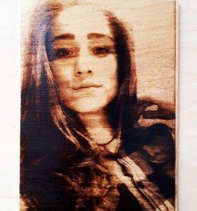 Портреты,выжженные на фанере, по фото на заказ