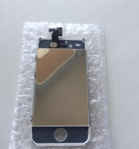 Дисплей на iPhone 4s белый