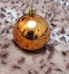 Елочное украшение шар с узорами
