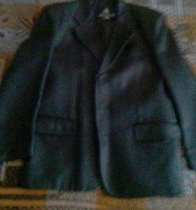 Пиджак кожаный мужской .