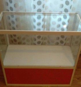 Стеклянные витрины,тумба-прилавок, стеклянный шкаф