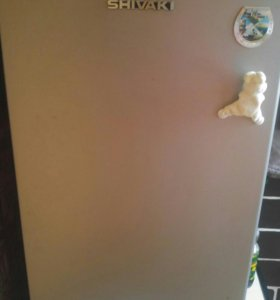 Холодильник маленикий shivаki