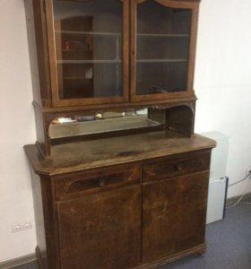 Антикварный шкаф (буфет)