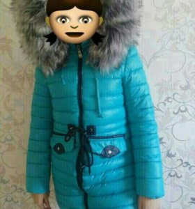 Зимнии пуховик на девочку 10 лет