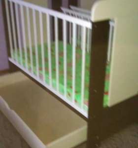 Кроватка детская 2 штуки.б.у.1.6 лет в чульмане
