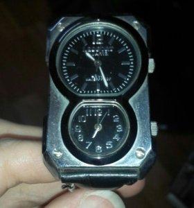 Часы наручные QUARTZ LB7227