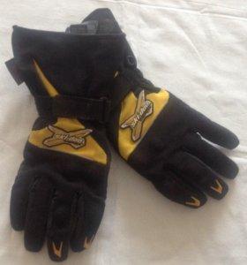 Перчатки снегоходные BRP
